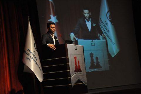 Arif Kerem Göğüş, Osmangazi Üniversitesinde Konferans Verirken