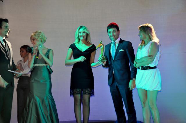 Kerem Göğüş, Altın Yüz Ödülünü Alırken