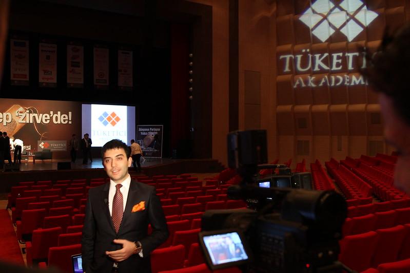 Arif Kerem Göğüş Konferans Öncesi TV Röportajı Katılımı