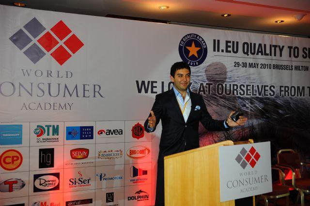 kerem göğüş eu quality ödülleri konferansı katılımı