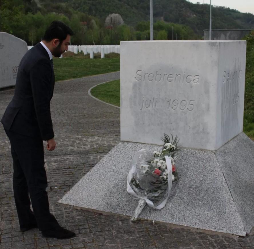 Srebrenitsa Anıtı Ziyareti